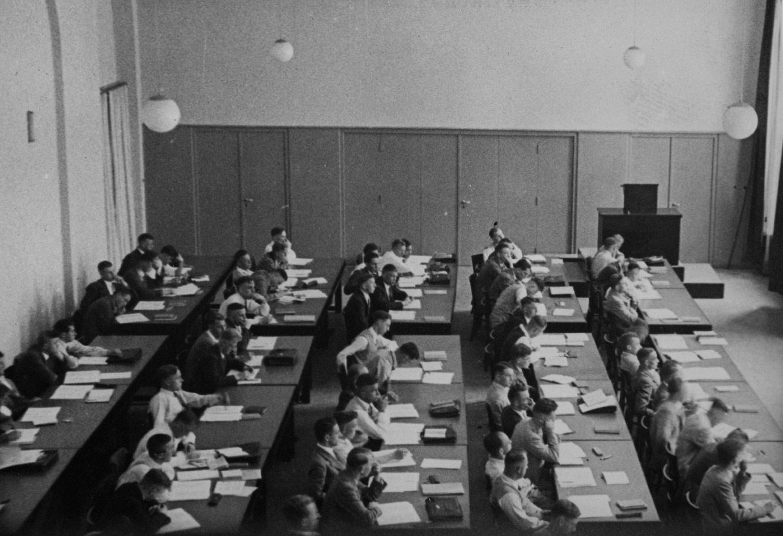 Dr. H classroom. November 1938